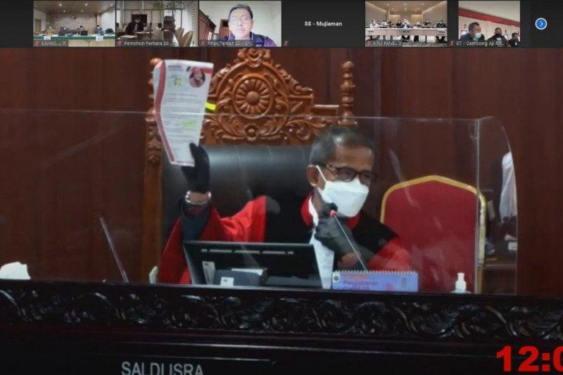 Bawaslu Surabaya Risma tak terbukti lakukan pelanggaran pilkada