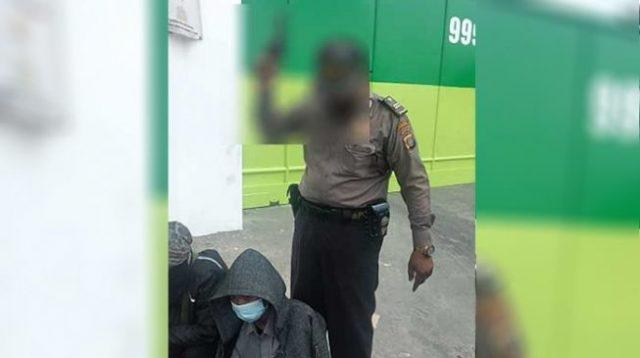 Dijemput Propam, Oknum Polisi Acungkan Senjata Api Saat Demo Minta Maaf ke Buruh