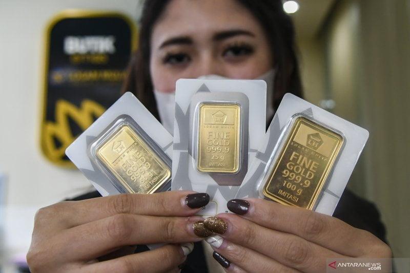 Emas Tergerus Turun 2,5 Dolar, Investor Pertimbangkan Kesaksian Ketua Fed