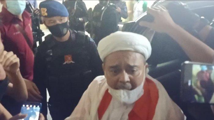 Kuasa Hukum Rizieq Shihab Minta Sidang Kliennya Dibarengi 6 Tersangka Lainnya
