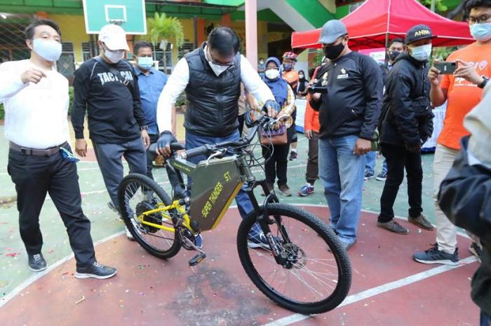 Wakil Wali Kota Malang Luncurkan E-Bike dan Gas Bike